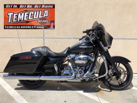 Pre-Owned 2017 Harley-Davidson FLHXS - STREET GLIDE SPECIAL